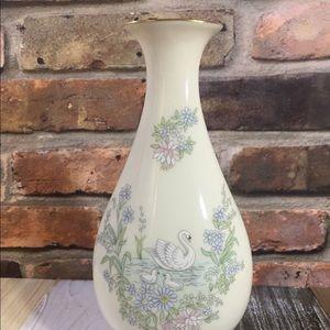 1983 Lenox Mother's Day Porcelain Vase